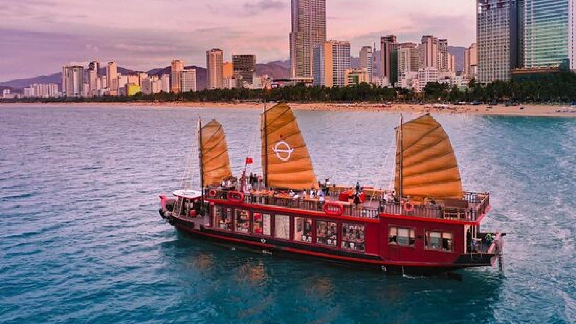 emperor-cruises-nha-trang